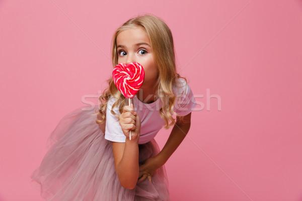 Portre güzel küçük kız kalp Stok fotoğraf © deandrobot