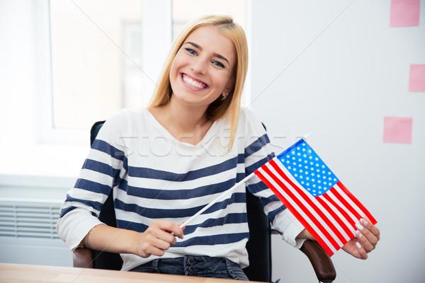 Stok fotoğraf: Kadın · bayrak · mutlu · genç · kadın · bakıyor