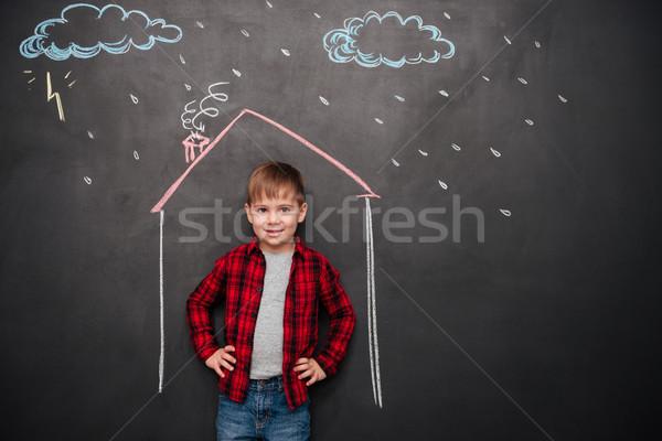 Stockfoto: Kid · permanente · huis · schoolbord · tekeningen · regen