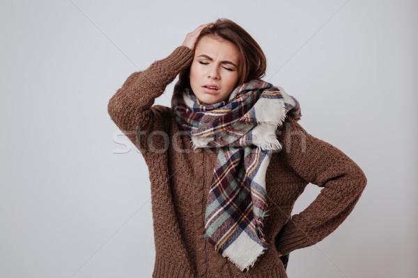 Stockfoto: Peinzend · vrouw · trui · sjaal · hoofd