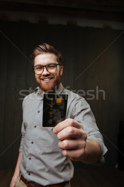 ストックフォト: 男 · 眼鏡 · クレジットカード · カメラ · 肖像