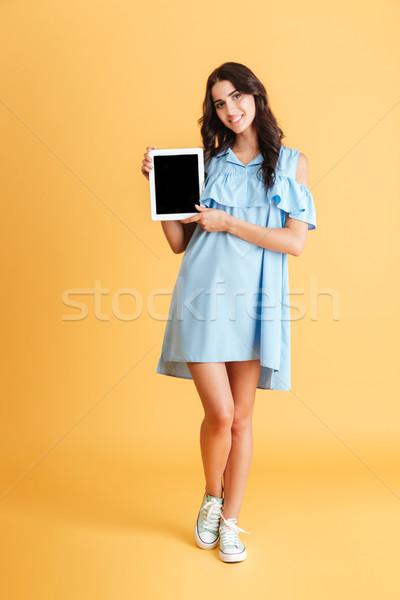 Gülen gündelik kadın ekran Stok fotoğraf © deandrobot