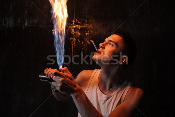 男 立って 階 ガス スプレー たばこ ストックフォト © deandrobot