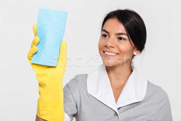 Portret gelukkig blijde huishoudster uniform Stockfoto © deandrobot