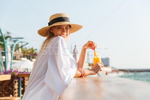 Encantado jovem verão seis Foto stock © deandrobot