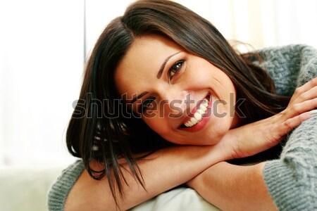 Stock fotó: Nő · vörös · szőnyeg · készít · fotó · derűs · fiatal