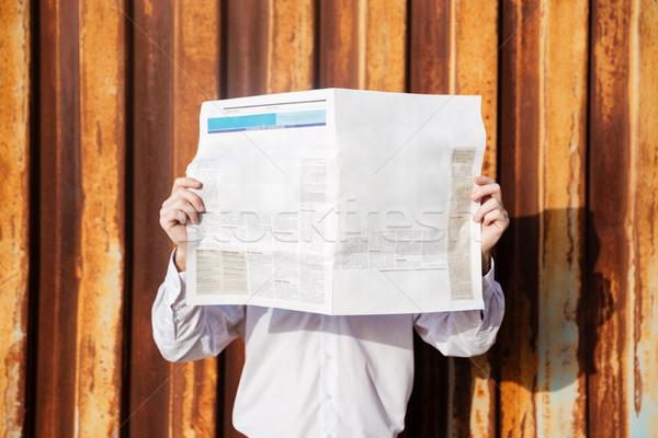 Modell póló újság konténer üzlet üzletember Stock fotó © deandrobot