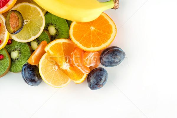 Top vedere proaspăt suculent fructe primăvară Imagine de stoc © deandrobot