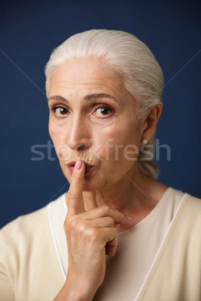 Primer plano retrato hermosa vieja silencio Foto stock © deandrobot