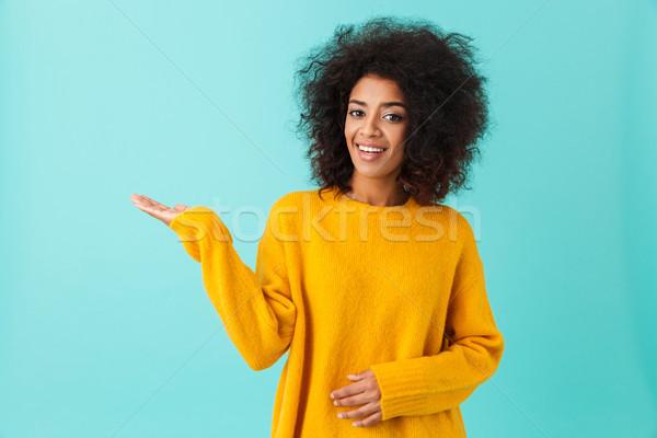 Görüntü amerikan kadın karanlık kıvırcık saçlı Stok fotoğraf © deandrobot