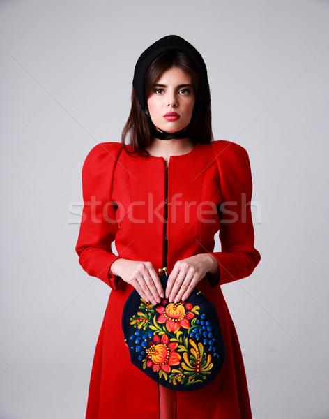Retrato mujer hermosa vestido rojo gris nina moda Foto stock © deandrobot