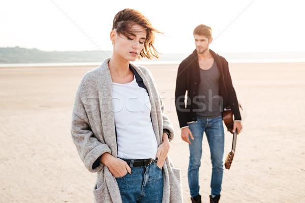Casual fecha playa retrato hombre Foto stock © deandrobot