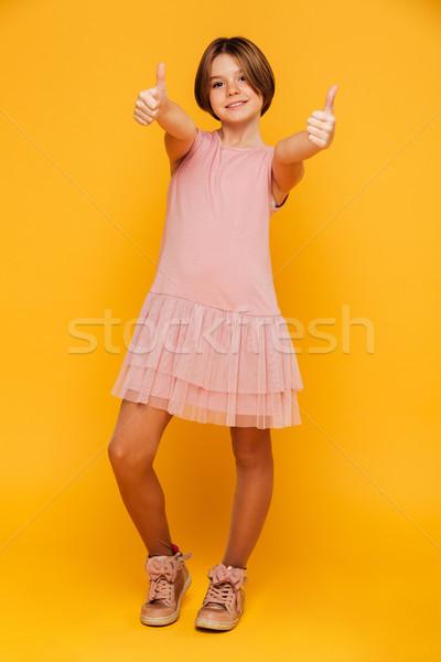 Shot dziewczyna uśmiechnięty odizolowany Zdjęcia stock © deandrobot
