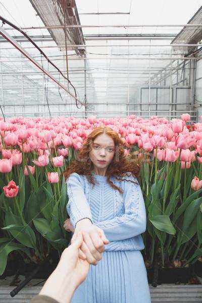 Stockfoto: Meisje · vallen · bloemen · hand
