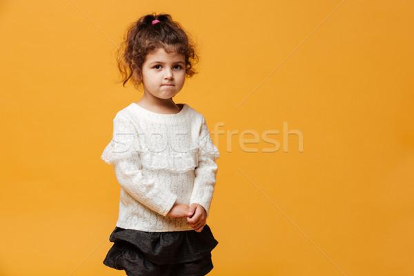 Confusi bambina bambino piedi isolato foto Foto d'archivio © deandrobot