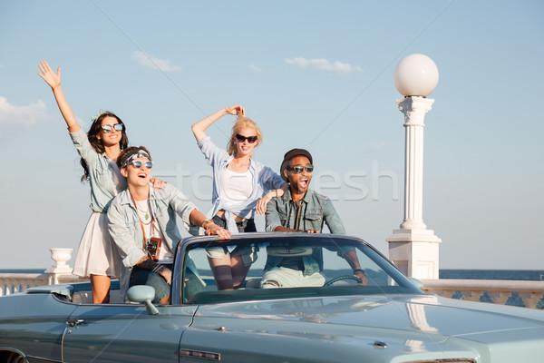 Mutlu gençler sürücü kabriyole grup kadın Stok fotoğraf © deandrobot