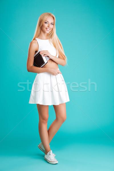 Stockfoto: Portret · vrolijk · jonge · vrouw · boek