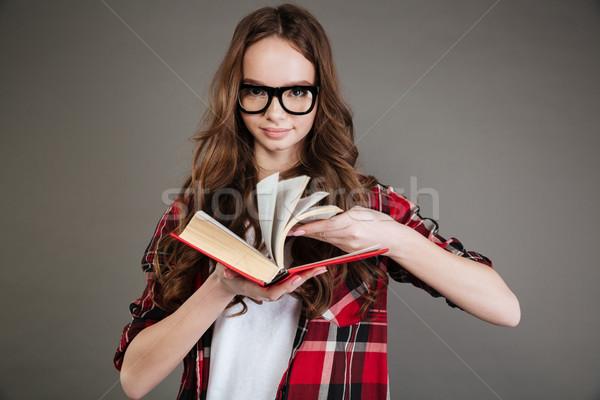 Сток-фото: красивой · молодые · Lady · книга · рук