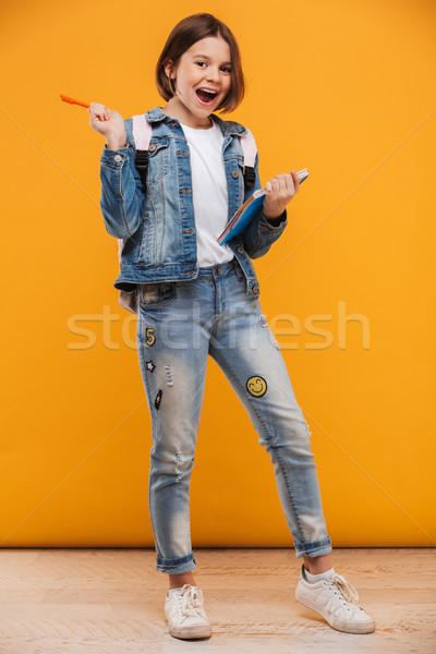 Porträt aufgeregt wenig Schülerin Rucksack Stock foto © deandrobot