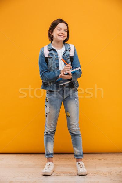 Portret vrolijk weinig schoolmeisje rugzak Stockfoto © deandrobot