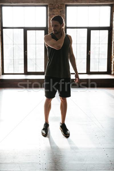Tam uzunlukta portre genç sağlıklı atlet adam Stok fotoğraf © deandrobot