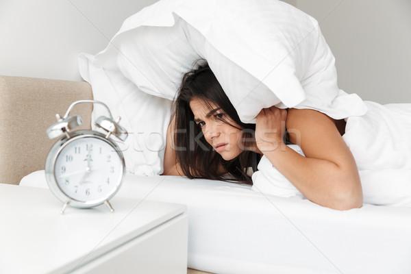 肖像 白人 眠い 女性 耳 白 ストックフォト © deandrobot
