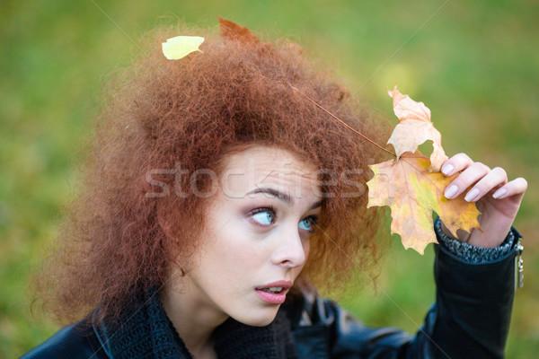 женщину листьев вьющиеся волосы портрет смешные Сток-фото © deandrobot