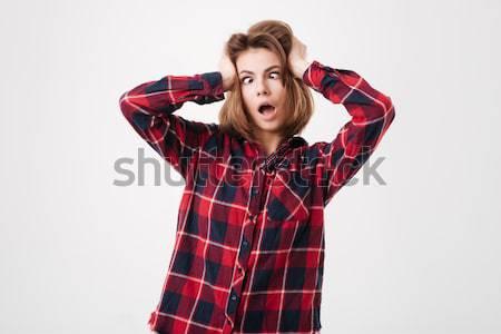 Krzyczeć shirt ręce głowie człowiek Zdjęcia stock © deandrobot