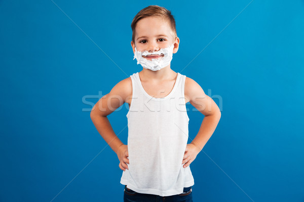 Jonge glimlachend jongen schuim zoals man Stockfoto © deandrobot