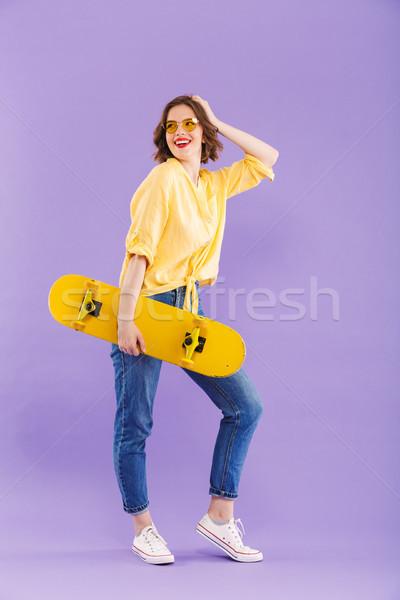 Tam uzunlukta portre mutlu genç kız yalıtılmış Stok fotoğraf © deandrobot