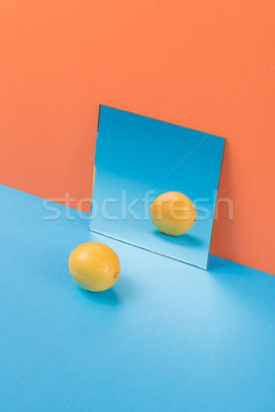 Zitrone blau Tabelle isoliert orange Bild Stock foto © deandrobot