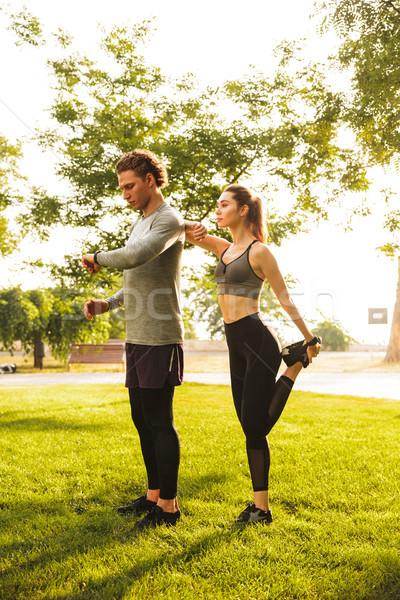 Foto saludable caucásico hombre mujer 20s Foto stock © deandrobot
