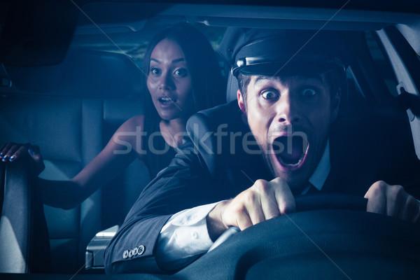 Chauffeur vrouw auto crash mannelijke Maakt een reservekopie Stockfoto © deandrobot