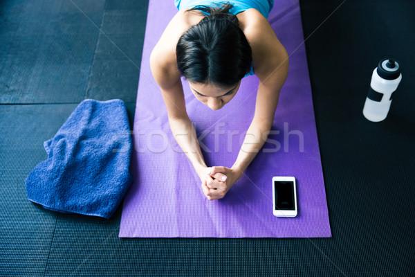 Genç kadın yoga yoga mat üst görmek portre Stok fotoğraf © deandrobot