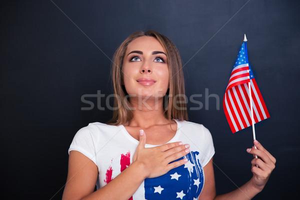 Vaderlandslievend vrouw USA vlag Stockfoto © deandrobot
