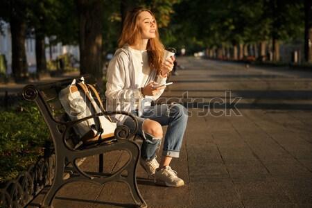 Mujer sesión rancho Foto stock © deandrobot