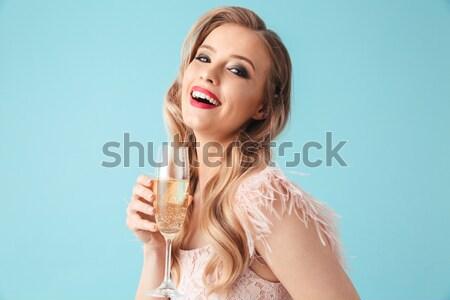 肖像 微笑 年輕女子 手機 孤立 商業照片 © deandrobot