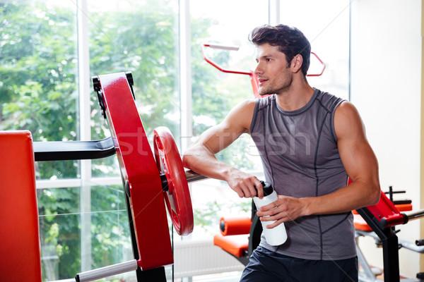 Portre vücut geliştirmeci antreman uygunluk spor salonu Stok fotoğraf © deandrobot