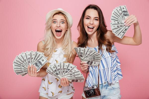 Feliz mujeres dinero imagen Foto stock © deandrobot