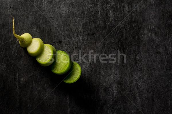 Taglio ravanello buio top view foto Foto d'archivio © deandrobot