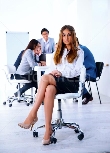 деловая женщина сидят офисные кресла деловое совещание служба работу Сток-фото © deandrobot