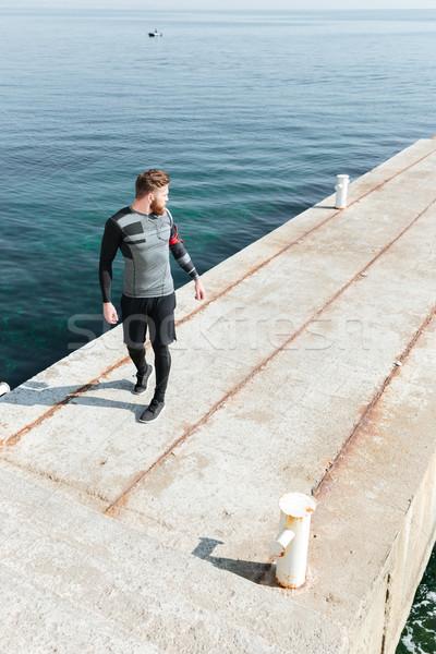 Stok fotoğraf: Koşucu · geri · deniz · tam · uzunlukta · üzerinde