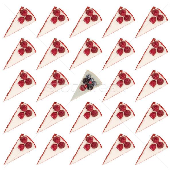 Modèle blanche baies tartes framboises crème Photo stock © deandrobot