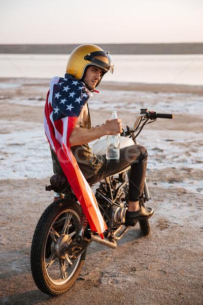 Homem dourado americano sessão jovem brutal Foto stock © deandrobot