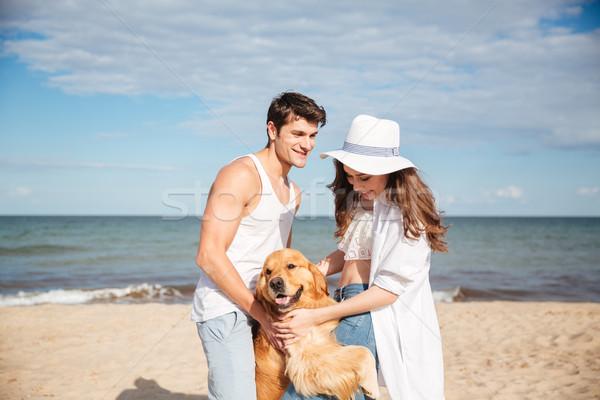 Romantische permanente zee wal hond Stockfoto © deandrobot