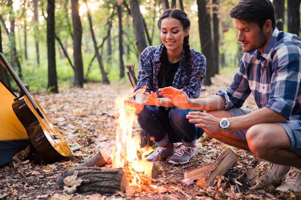 Mutlu çift şenlik ateşi orman kadın doğa Stok fotoğraf © deandrobot