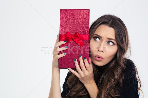 Stockfoto: Portret · mooie · vrouw · geschenkdoos · geïsoleerd · witte