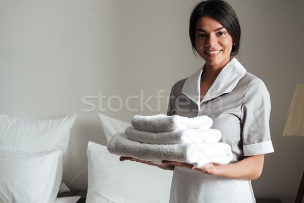 Portre otel hizmetçi taze temizlemek Stok fotoğraf © deandrobot