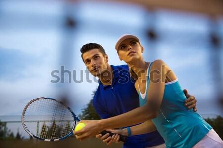Tenis jugadores hablar tribunal Pareja partido Foto stock © deandrobot