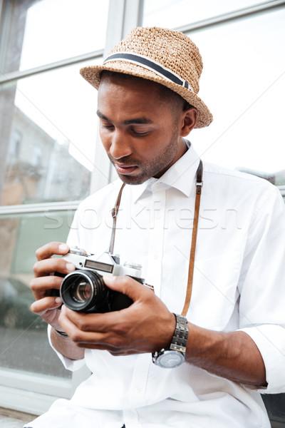 Imagen moda hombre negro calle hombre Foto stock © deandrobot